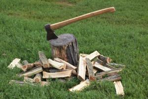 Axe splitting wood